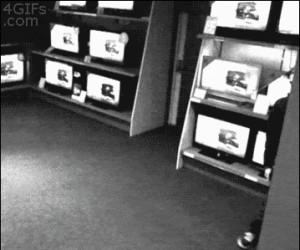 Przechadzka po sklepie z elektroniką