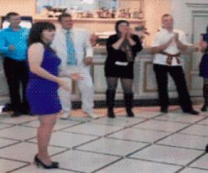 Dziwny taniec