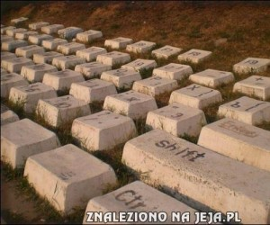 Kamienna klawiatura - pomnik XXI wieku