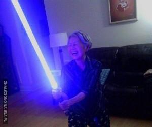 Gdy mama dostanie na urodziny miecz świetlny