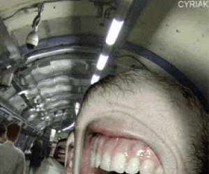 Bardzo dziwne metro