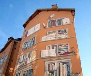 Książkowy budynek