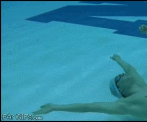 W basenie można robić wiele rzeczy