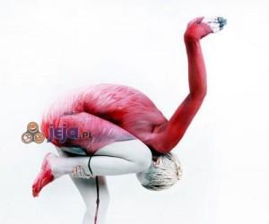 Niesamowity zwierzęcy bodypainting