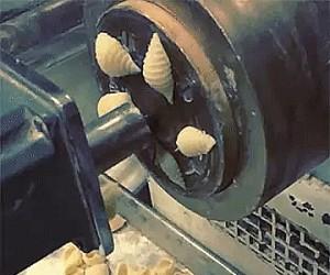Jak robią makaroniki muszelki
