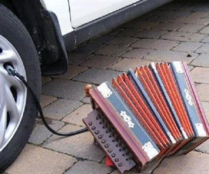 Pompowanie opony akordeonem