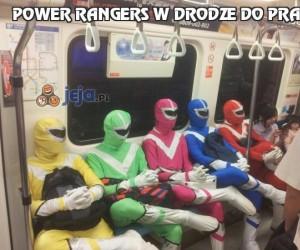 Power Rangers w drodze do pracy