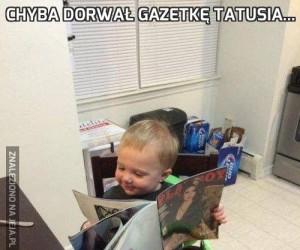 Chyba dorwał gazetkę tatusia...