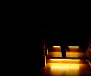 Automatyczne światło na schodach