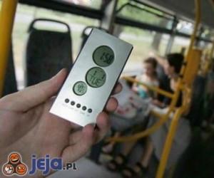 Temperatura latem w autobusie