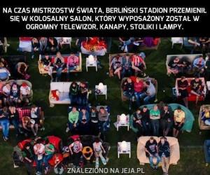 Niemcy oglądają Mundial