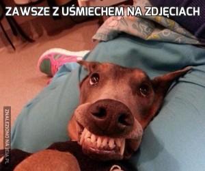 Zawsze z uśmiechem na zdjęciach