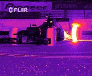 Bolid Formuły 1 okiem kamery termowizyjnej