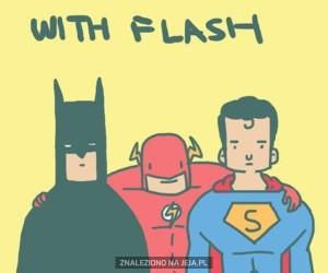Z Flashem i bez