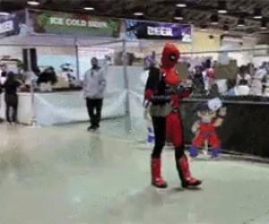 Deadpool spotyka małego Kylo Rena