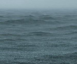 Emocjonujący wyścig łodzi podwodnych