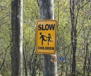 Uwaga, powolne dzieci