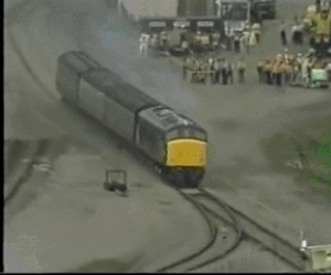 Pociągi też mają testy zderzeniowe