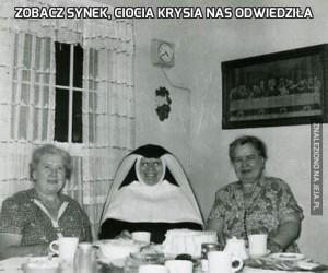 Zobacz synek, ciocia Krysia nas odwiedziła