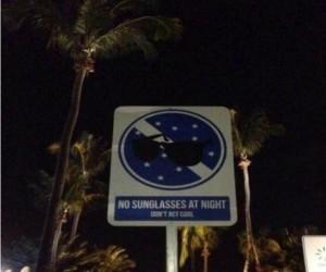 Zakaz okularów w nocy