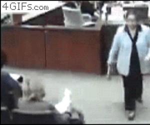 Kiedy uderzę brata w miejscu publicznym