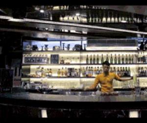Bruce Lee za barem