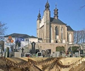 Straszny kościany kościół w Czechach