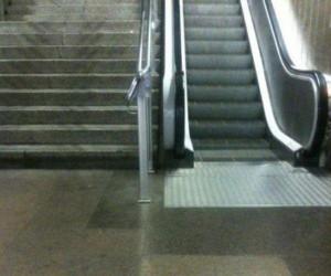 Jak nakłonić ludzi do schodów