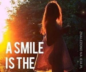 Uśmiech to najlepszy makijaż