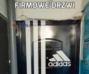 Firmowe drzwi