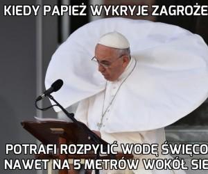 Papież kołnierzasty