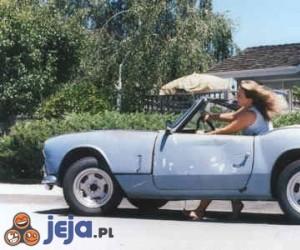 Wolny samochód dla blondynki