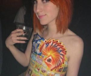 Sukienka z pokemonów