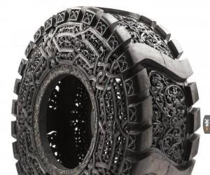 Ręcznie rzeźbiona... opona