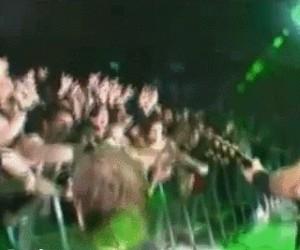 Metallica trolluje