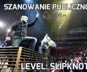 Szanowanie publiczności...