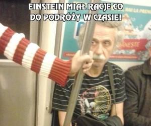 Einstein miał racje co do podróży w czasie!