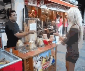 Jak zająć blondynkę na dłużej