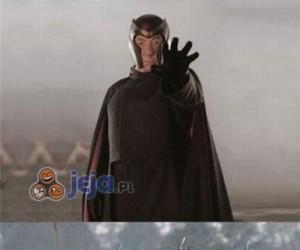 Ej, Magneto, co ty wyrabiasz?