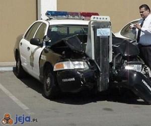 Policyjne auto