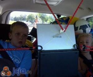 Jak uspokoić dzieciaki podczas podróży