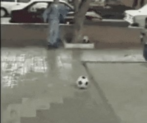 Kula do kręgli zamiast piłki nożnej? Czemu nie!