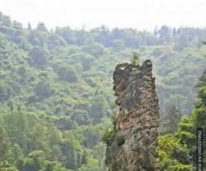 Słoniowa skała, Indie