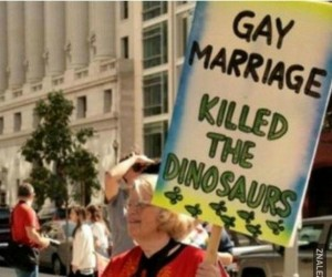 Gejowskie małżeństwa zabiły dinozaury