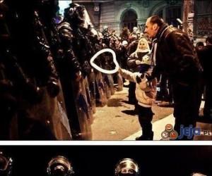 Tymczasem podczas protestów w Rumunii