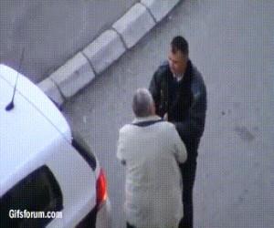 Brawurowa ucieczka przed policją