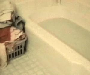 Gdy wchodzę do kąpieli, ale okazuje się, że woda jest za ciepła