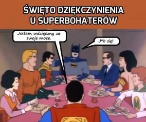 Święto dziękczynienia u superbohaterów