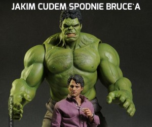 Jakim cudem spodnie Bruce'a