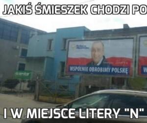 Jakiś śmieszek chodzi po Wrocławiu
